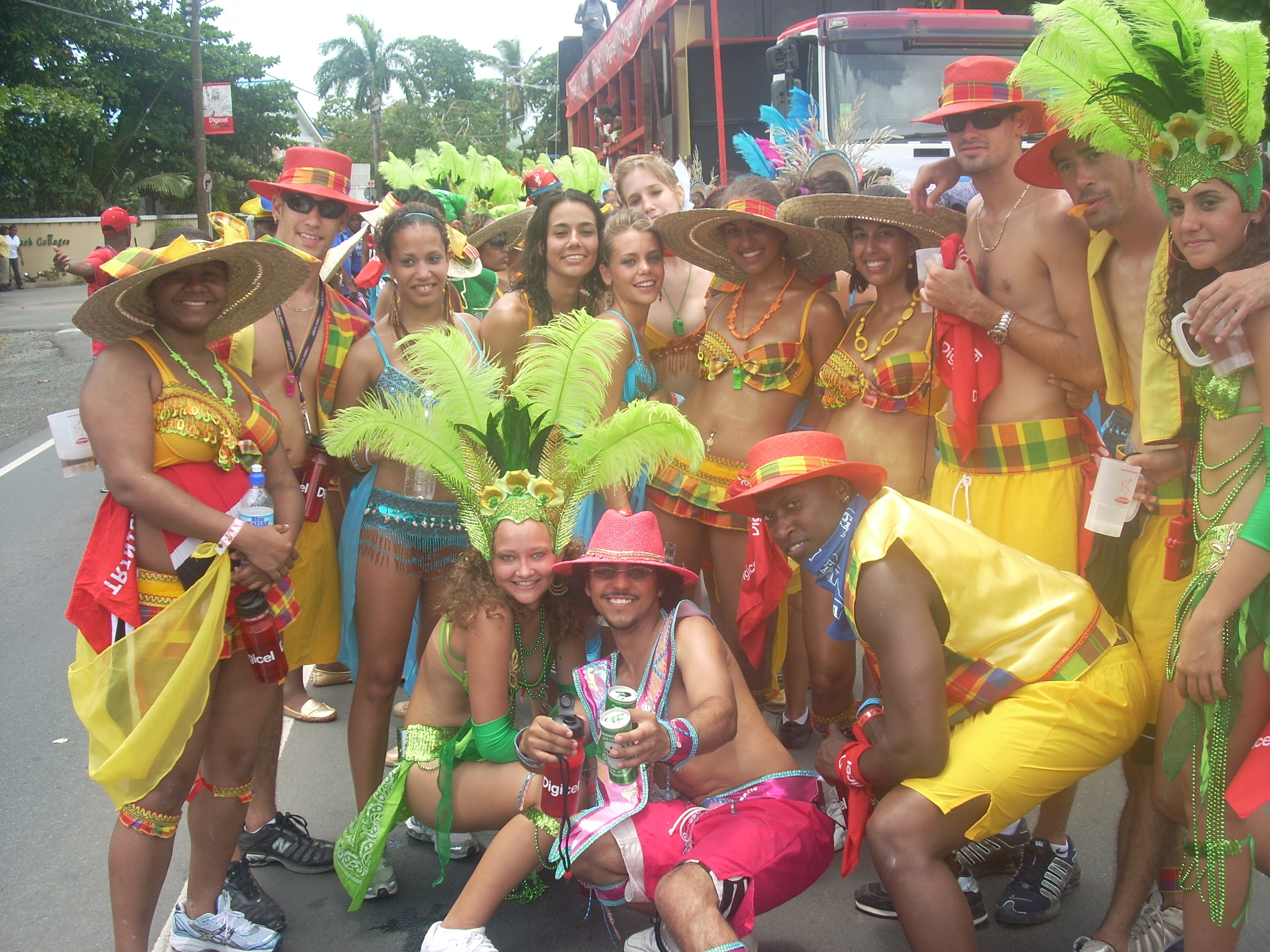 Live on Myxradio.com Groovy Soca from Summer 2k8