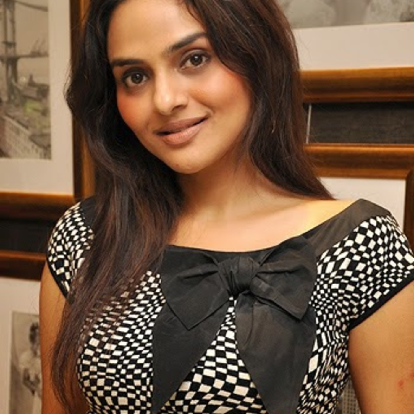 Episode 43: Madhoo the actress, and the person (Part 1)