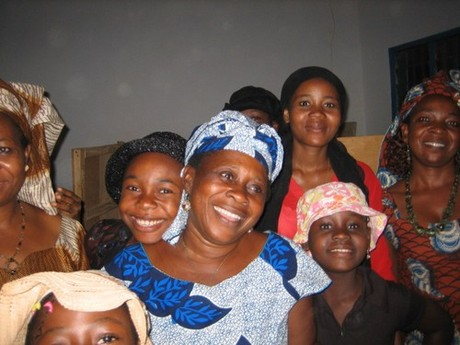 Igbo women in synagogue, Nigeria, Africa [Photo: Kulanu.org]