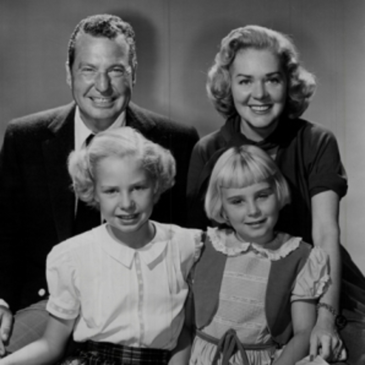 Phil Harris and Alice Faye 1953-11-20 The Birthday Gift MP3