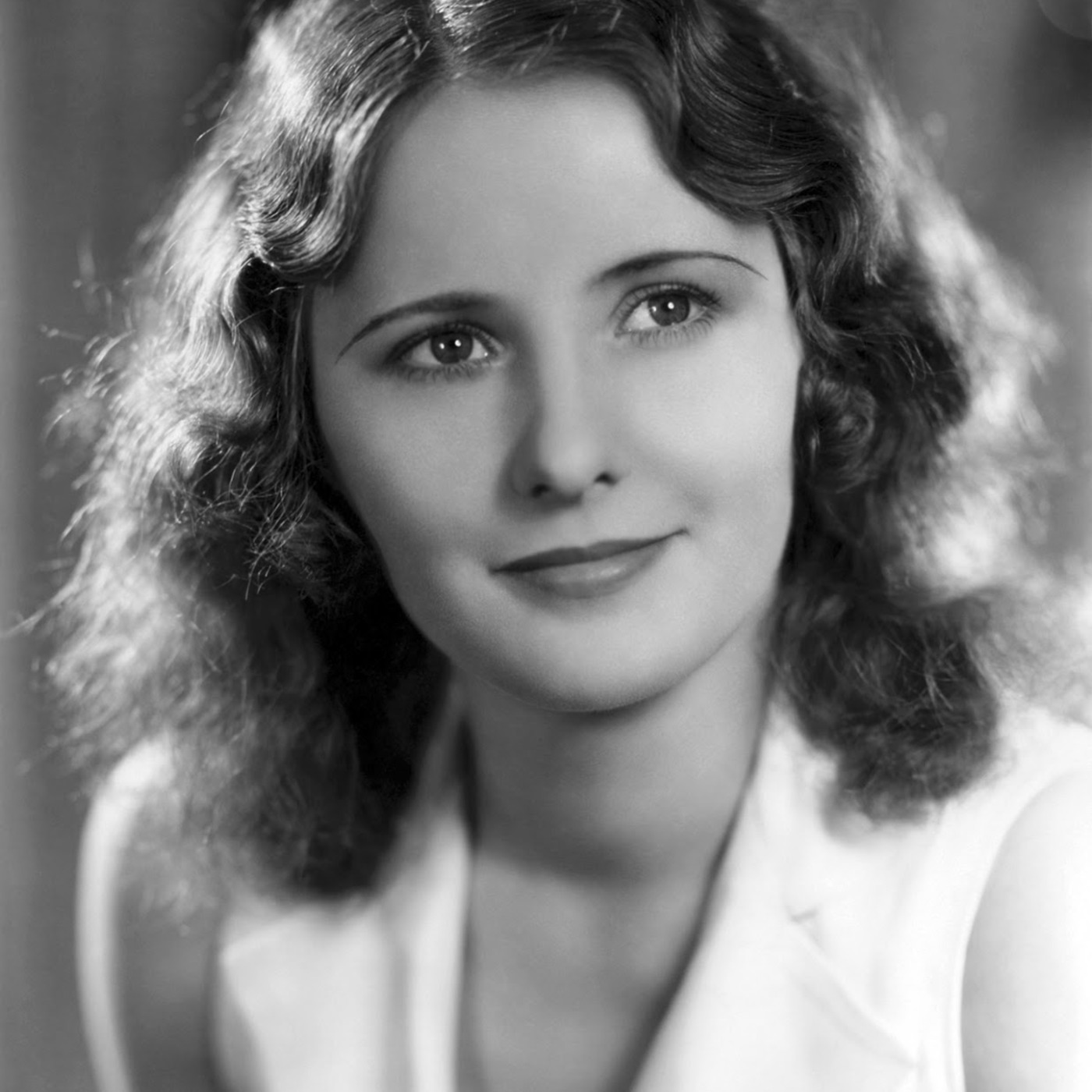 Jack Benny Podcast 1943-11-28 (492) Guest Barbara Stanwyck - Dennis Wants A Raise