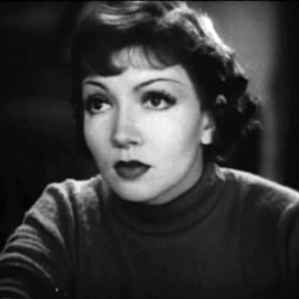 Humpday with Bob Hope Podcast - 1942-05-05 Claudette Colbert - Great Lakes Naval Training Station