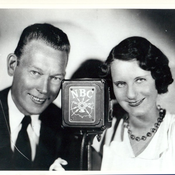 Fred Allen Podcast - Town Hall Tonight 1936-11-04 (097) Studio Strategy