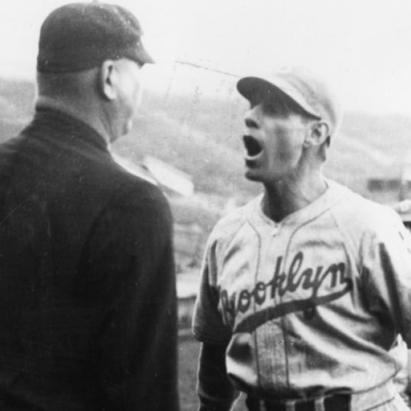 Jack Benny Podcast 1941-11-09 (420) Guest Leo Durocher