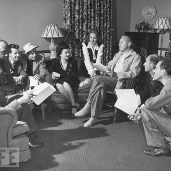 Jack Benny Podcast 1942-01-04 (428) New Year's Eve Party at the Biltmore Bowl