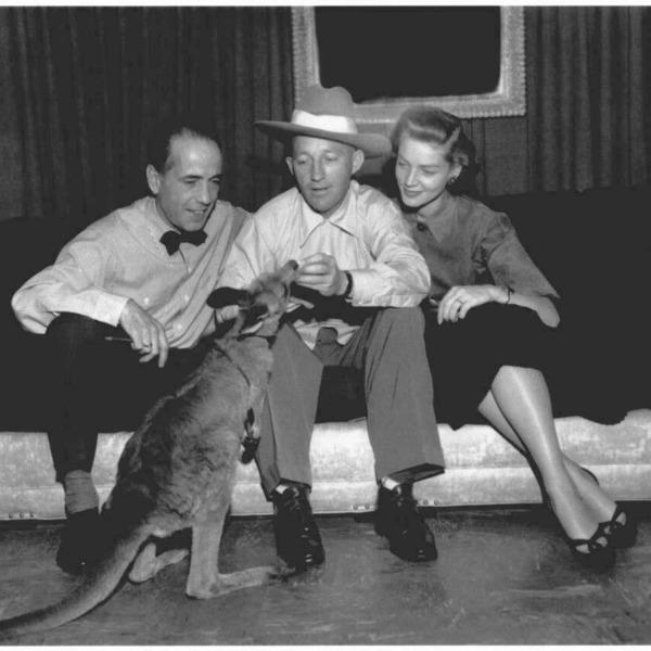 Bing Crosby Show 1952-03-12 (098)  Guest Humphrey Bogart