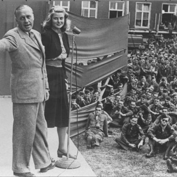 Jack Benny Podcast 1942-03-08 (437) From San Diego Marine Base
