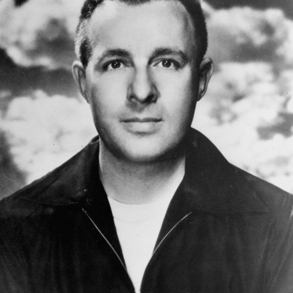 Ray Bradbury - Molle' Mystery Theater 1946-05-17 Killer, Come Back to Me