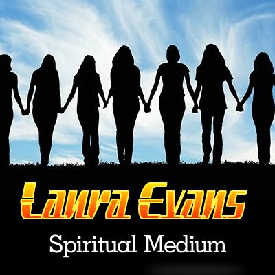Medium Laura Evans