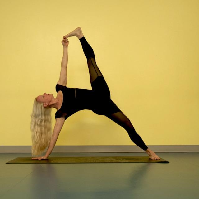 Spira Power Yoga 75 Min Power Yoga Flow