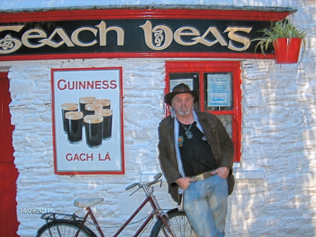 'An Teach Beg' pub, Clonakilty, Co. Cork  [Photo: RMcC]