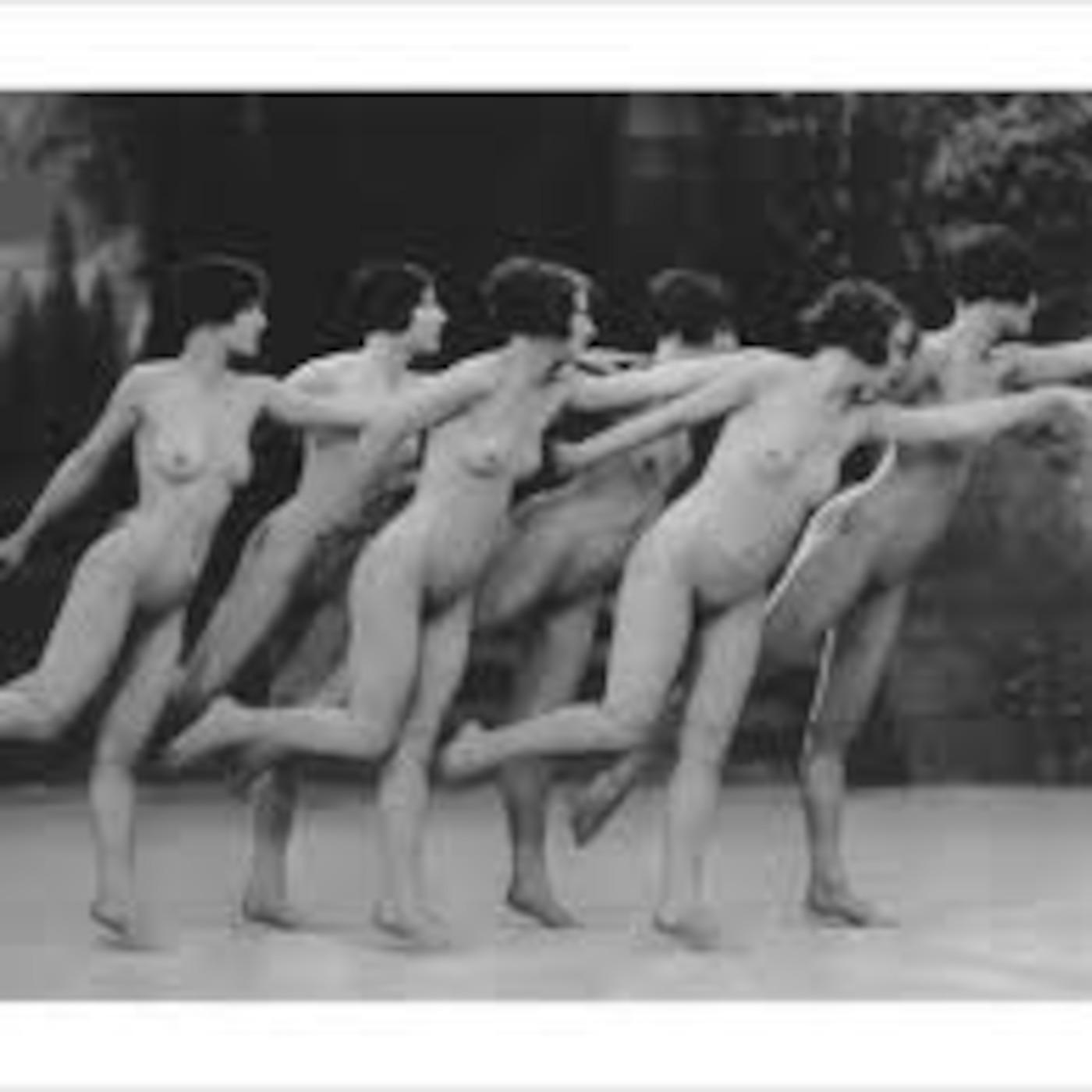 erotika-golih-tantsev