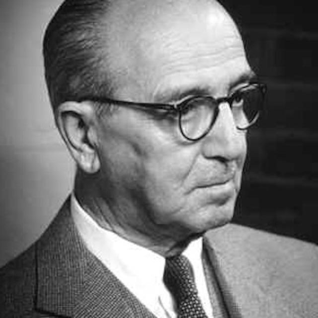 Hans Kelsen |