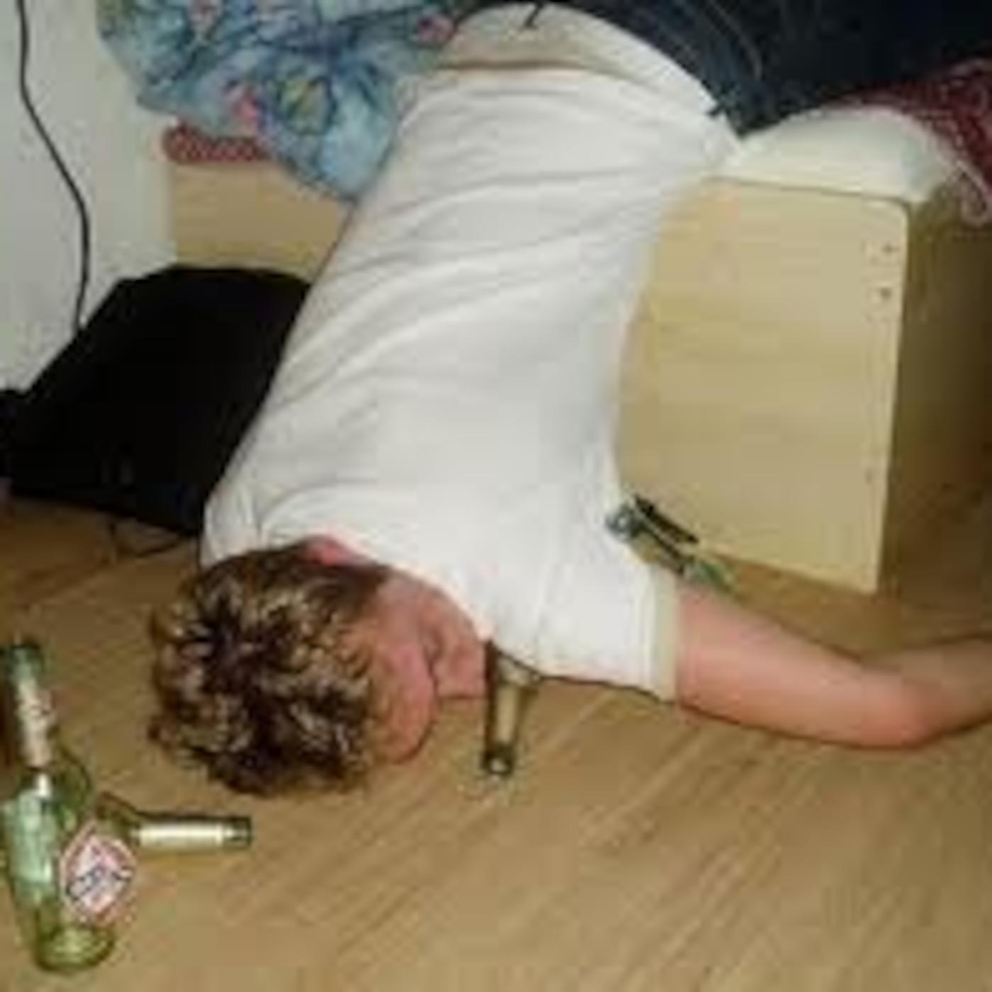 Пьяные русские студентки 17 фотография